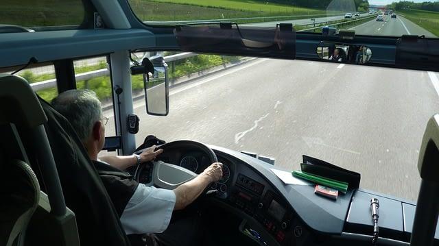 MI bus 4625 640