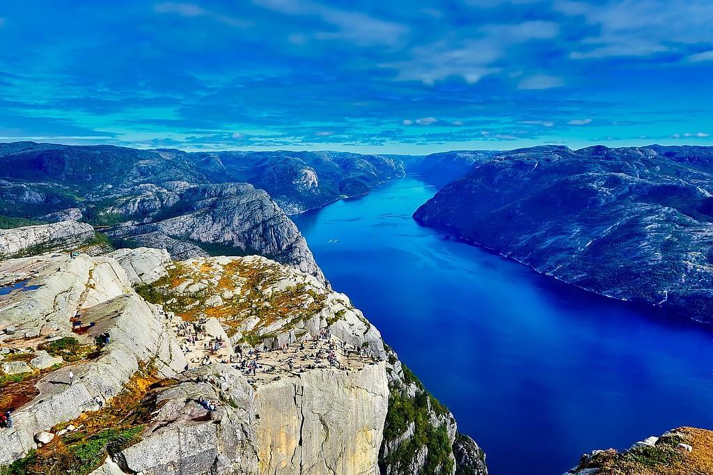 NO fjord 1609 1280